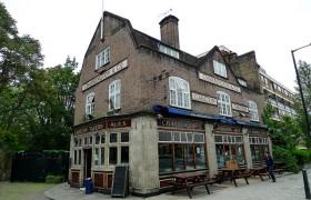 Carlton Tavern, Maida Vale
