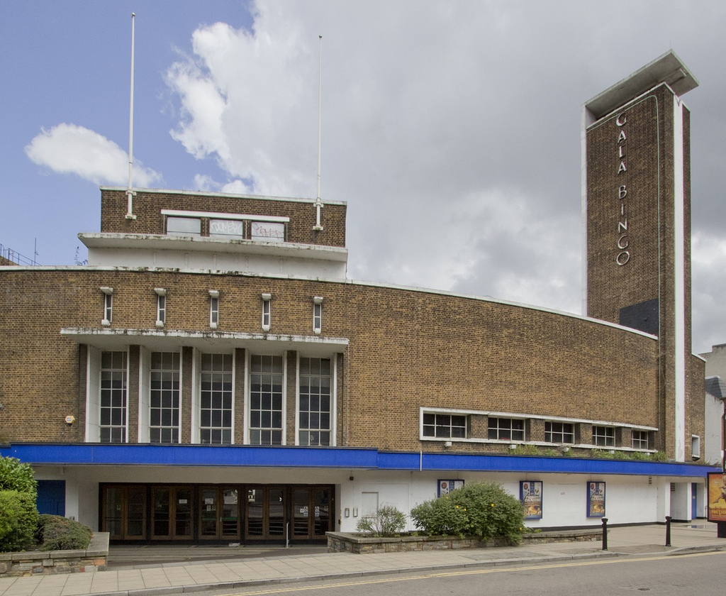 The Grenada Cinema (1937), Woolwich, London SE18. Photograph taken by Gordon Haws.